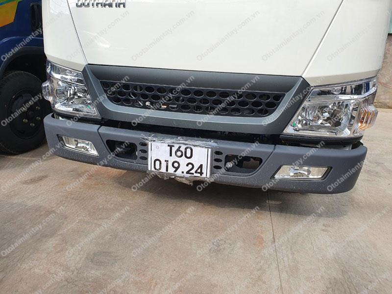 Phía trước Đèn phải Xe tải Đô Thành IZ200 1T9