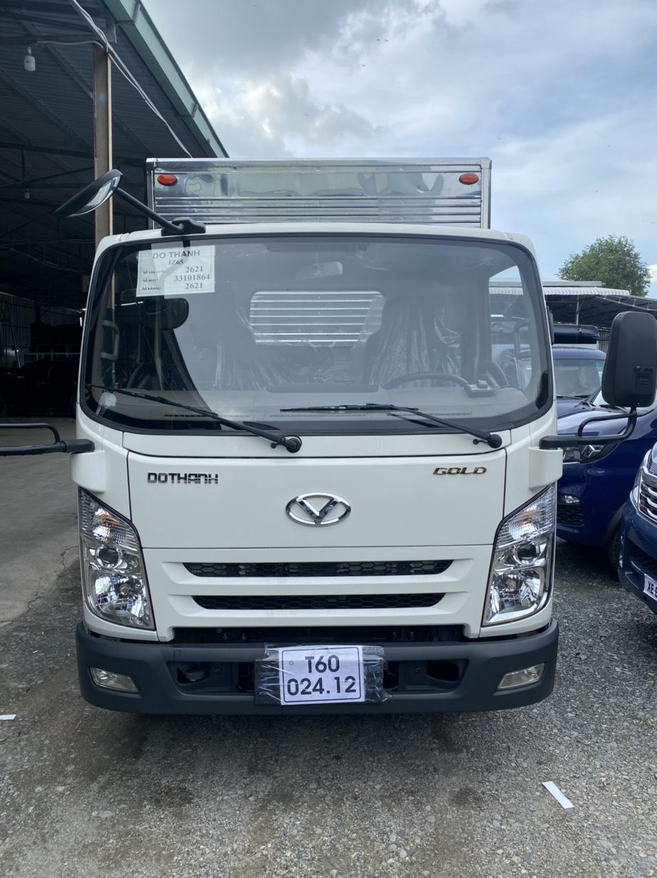 Xe tải Đô Thành IZ65 thùng kín